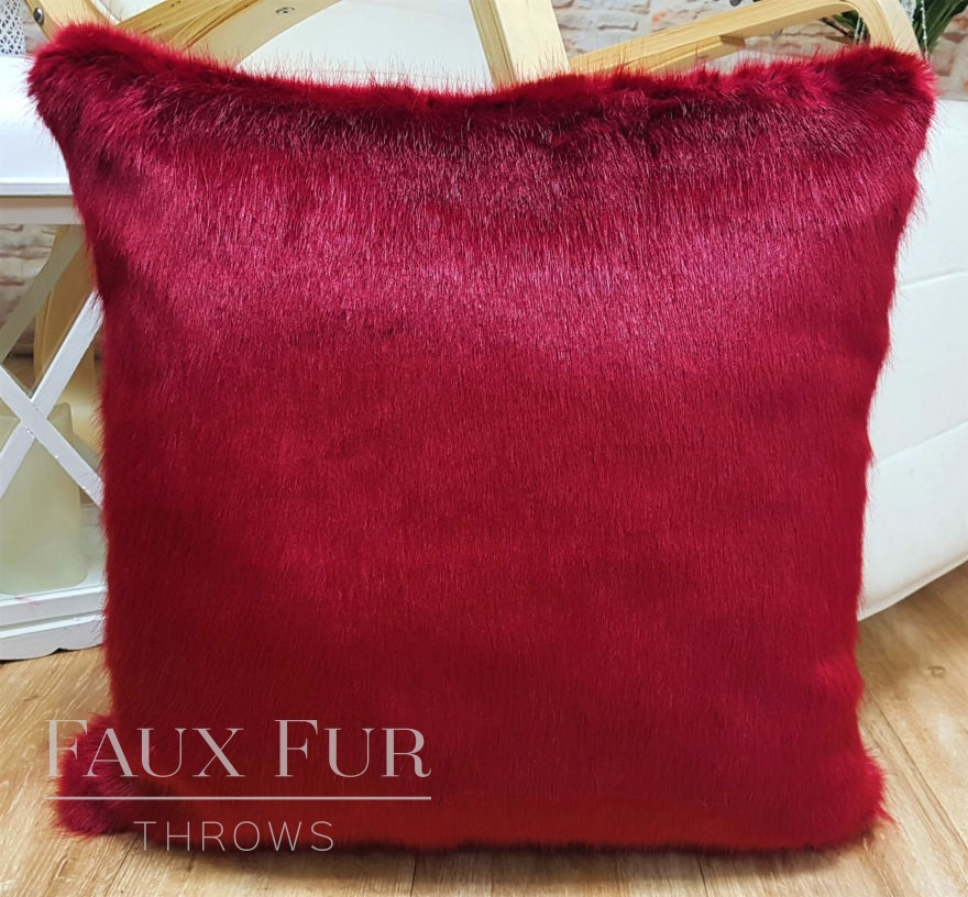 Moulin Rouge Cushion