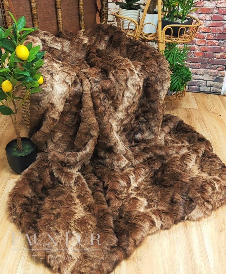 Sierra Madre Brown Faux Fur Throw