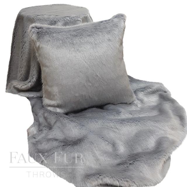 grey wolf fur texture