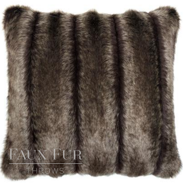 BRECKENRIDGE Luxury Faux Fur Cushion