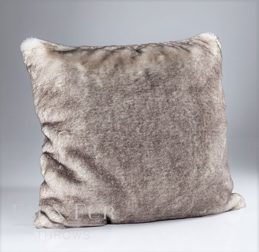 Vanilla Chocolate Swirl Luxury Faux Fur Cushion2
