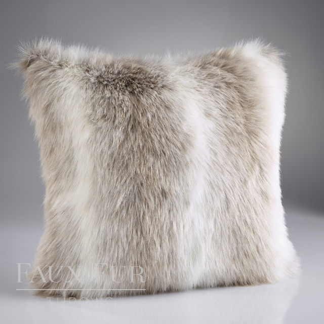 ALPENDORF Luxury Faux Fur Cushion