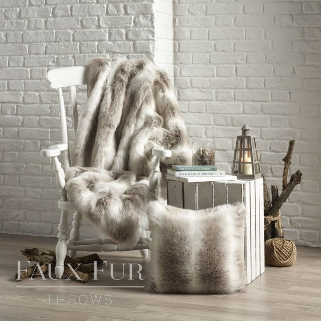 Beige White Longhaired Faux Fur Throw – ALPENDORF