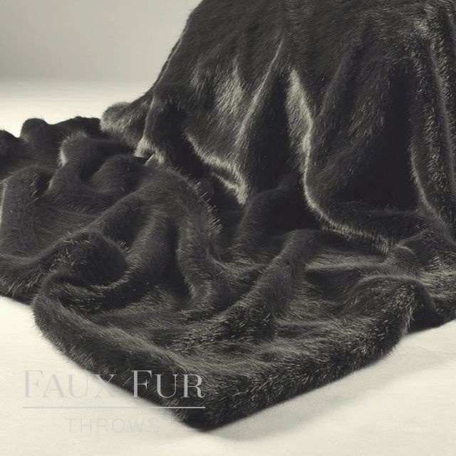 Grey Faux Fur Throw – CEDARWOOD CHARCOAL