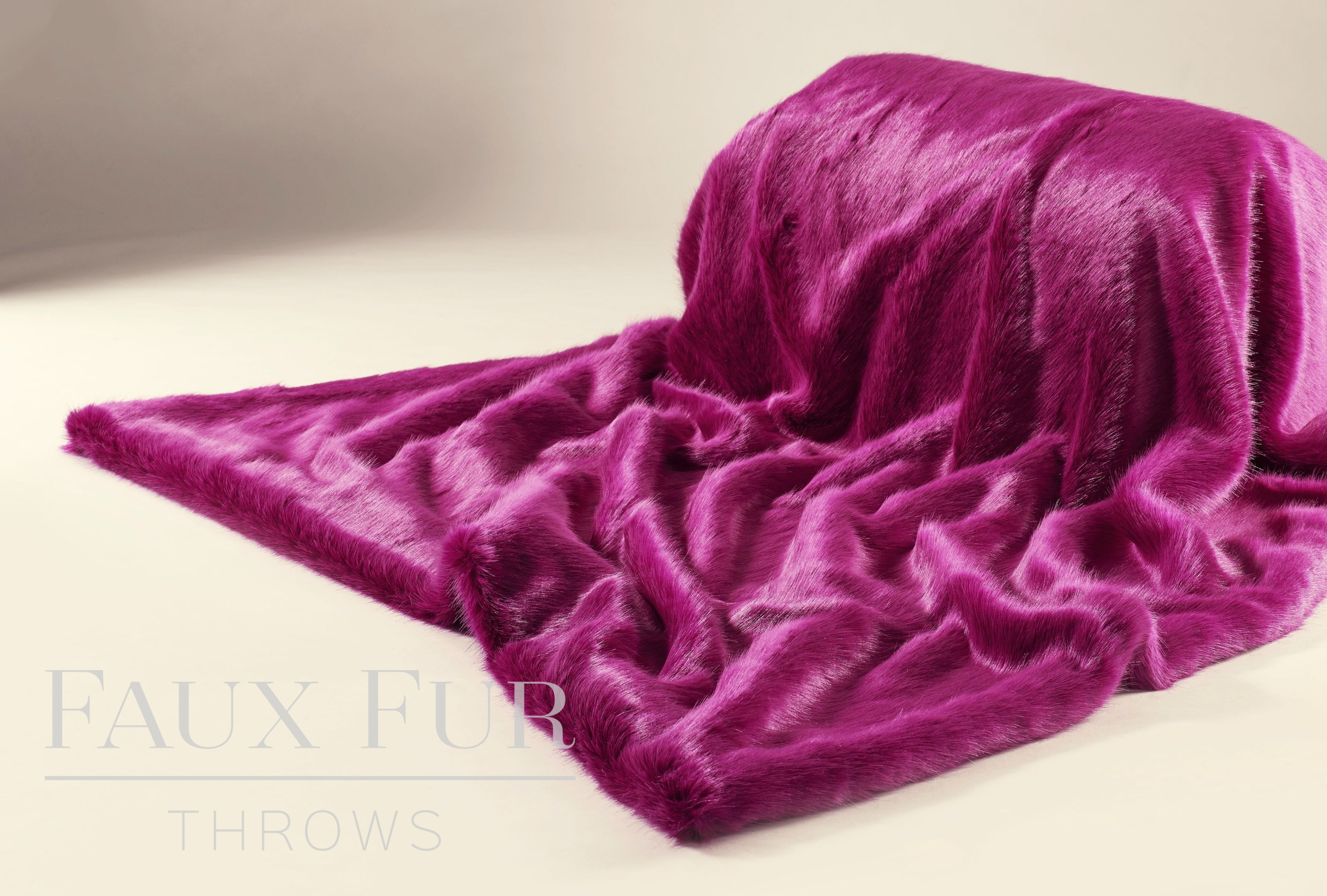 Completely new Pink Faux Fur Throw - HOT MAGENTA KH88