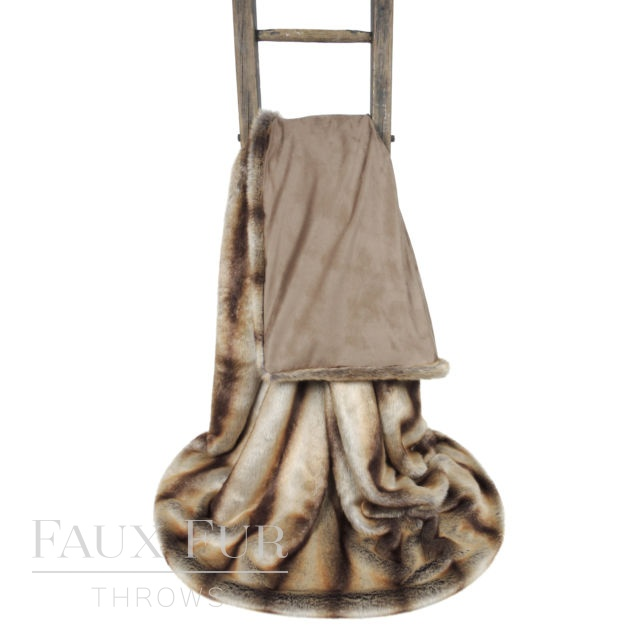 Faux Fur Throw: Brown Gold – ANDALUSIA