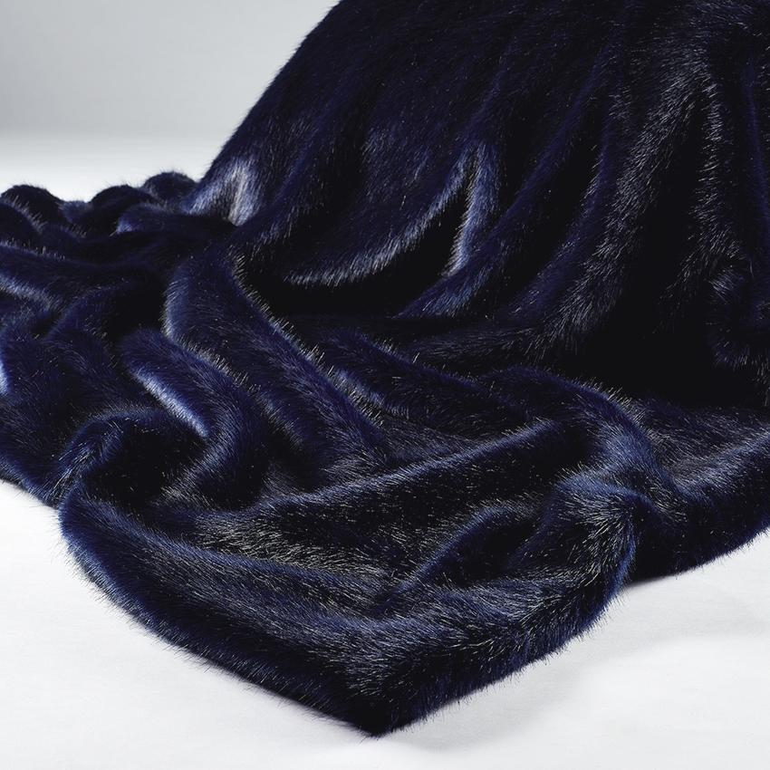 Favorite Navy Blue Faux Fur Throw – Midnight Blue TM17