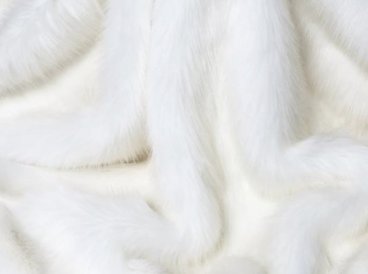 White Longhaired Faux Fur Throw Mont Blanc