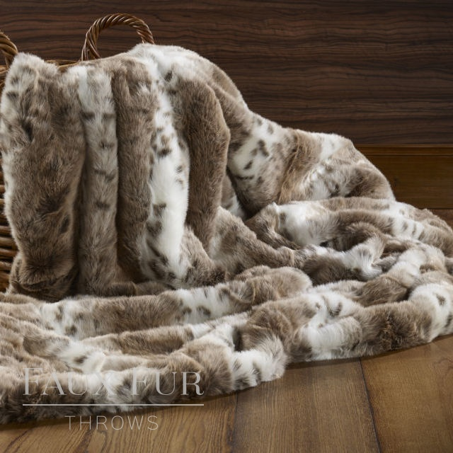 Faux Fur Throw: Brown White Striped Animal – SIERRA NEVADA