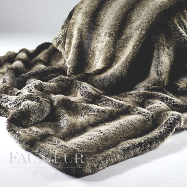 Dark Brown Grey Faux Fur Throw – NEW MERIBEL