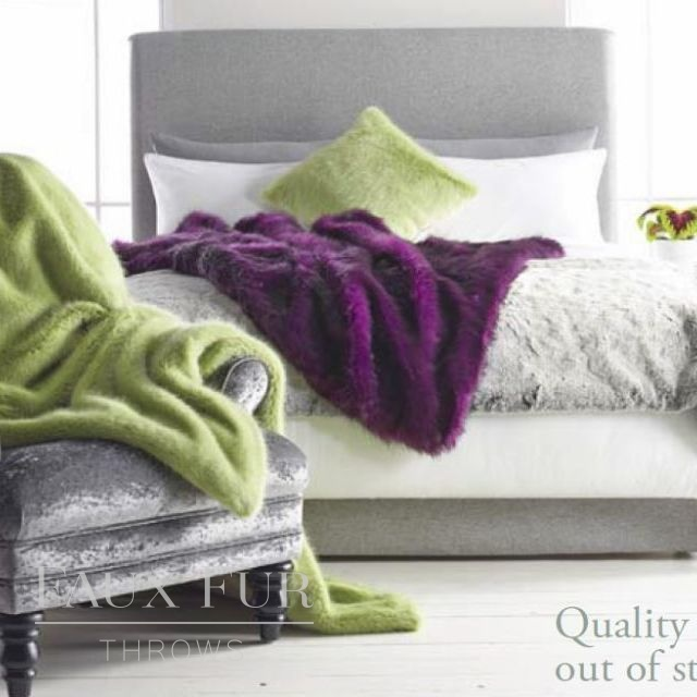 SPRING WILLOW Luxury Faux Fur Bed Runner
