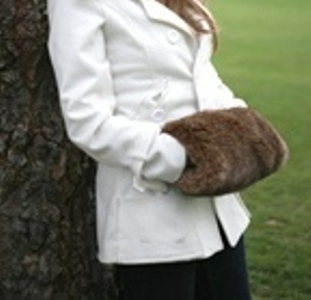 faux fur muff in treacle