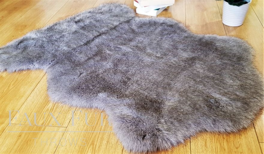 Tissavel Grey Faux Fur Rug