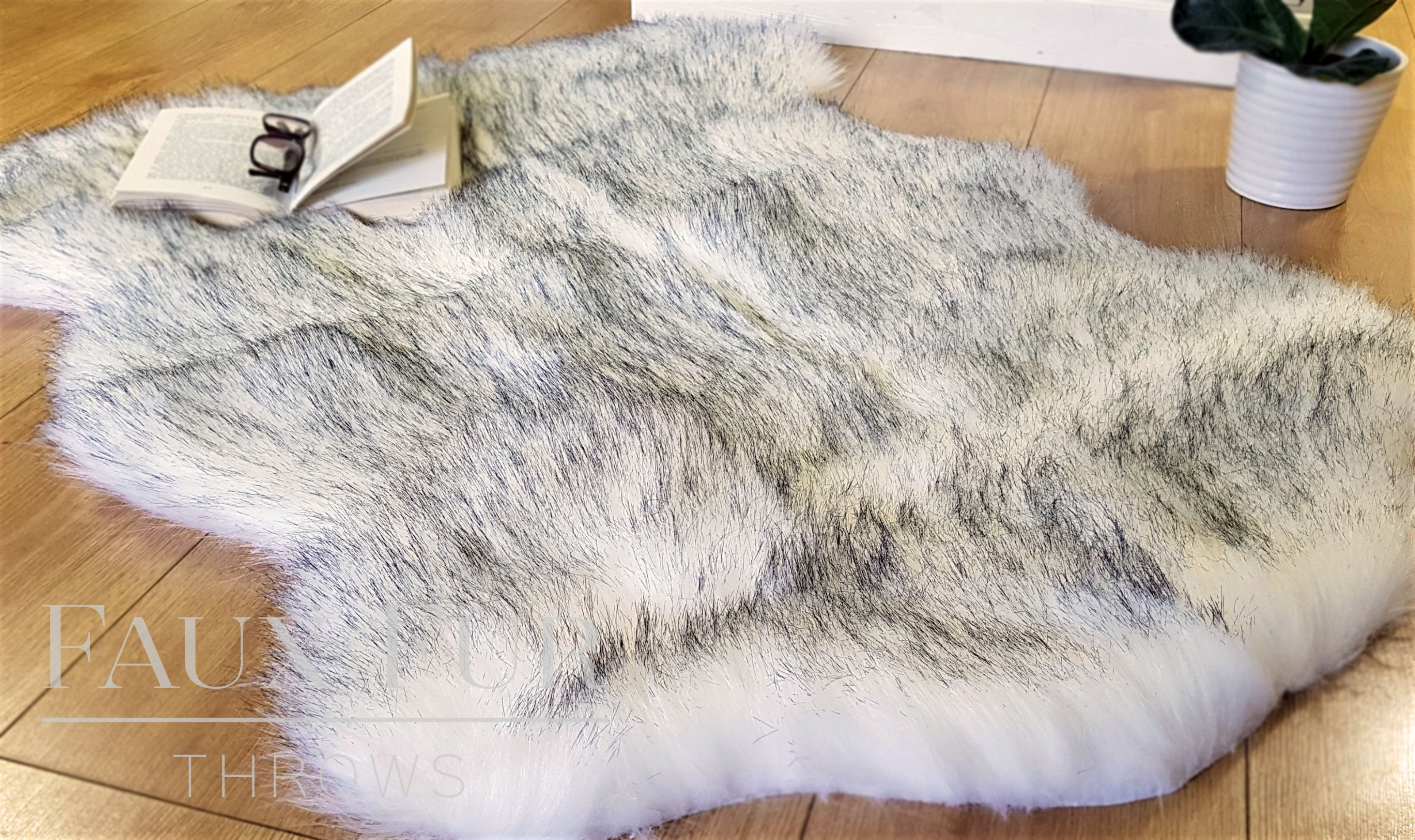 Tissavel White Faux Fur Animal Skin Rug